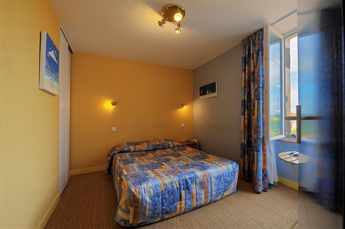 Chambre double hotel oleron hotels ile d 39 oleron site officiel des hotels de l 39 le d 39 oleron - Chambre syndicale de la couture site officiel ...