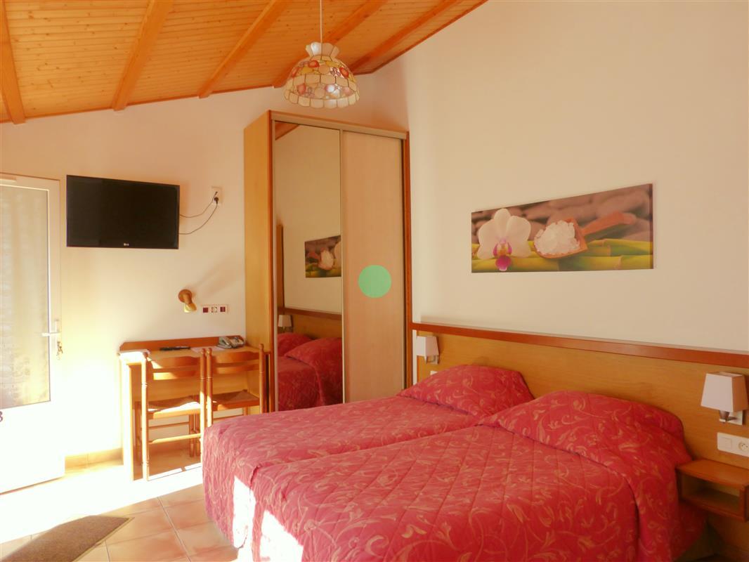 Chambre pmr hotel oleron hotels ile doleron site officiel des